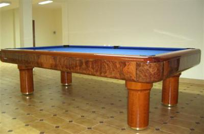 Luxurious Italian Pool Table